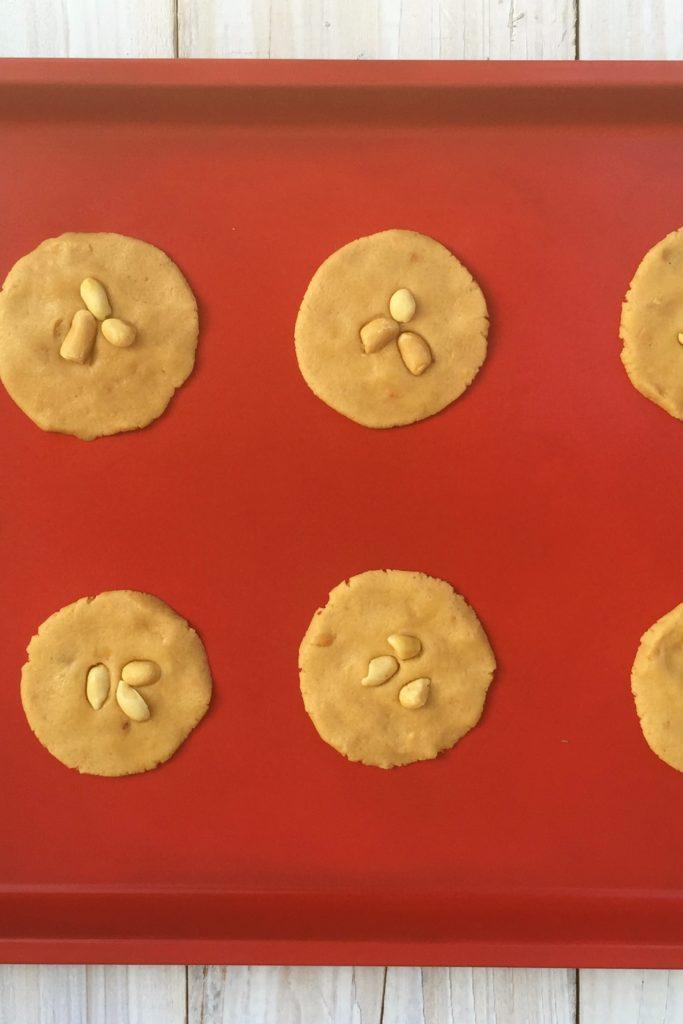 Peanut Butter Chocolate Cream Cheese Sandwich Cookies, peanut butter cookies, peanutbutter cookies, sandwich cookies, peanut butter cup cookies, chocolate peanut butter cookies, peanut butter chocolate cookies, chocolate cream cheese frosting, chocolate cream cheese filling, peanut cookies, chocolate peanut cookies, hubbies cookies, hubbiescookies.com